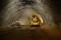 ارزيابي خصوصيات ژئومکانيکي تودههاي سنگ مسير تونل انتقال سد